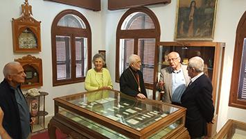 ՀԲԸՄ-ի նախագահը կ՚այցելէ Զմմառու Տիրամօր Վանքը